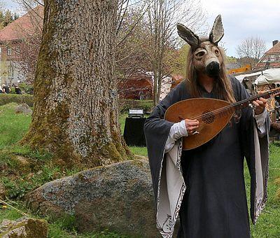 Ein Esel macht Musik zur Walpurgis in Schierke