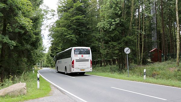 Bus am Ortsausgang Schierke